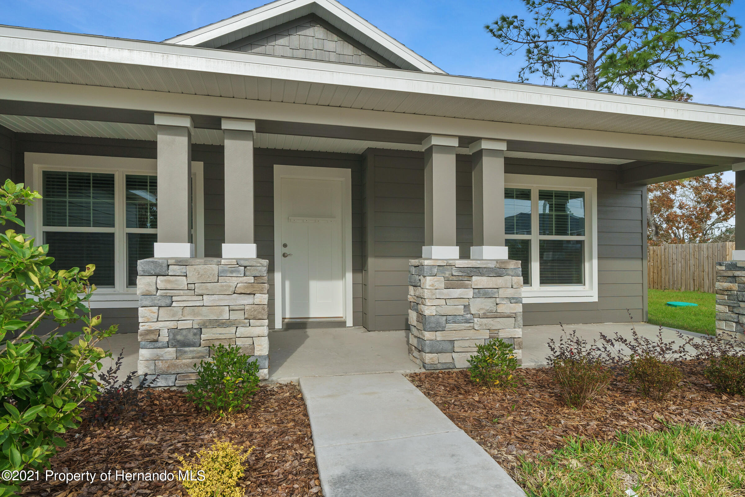 Listing photo id 5 for 0 Day Owl Avenue