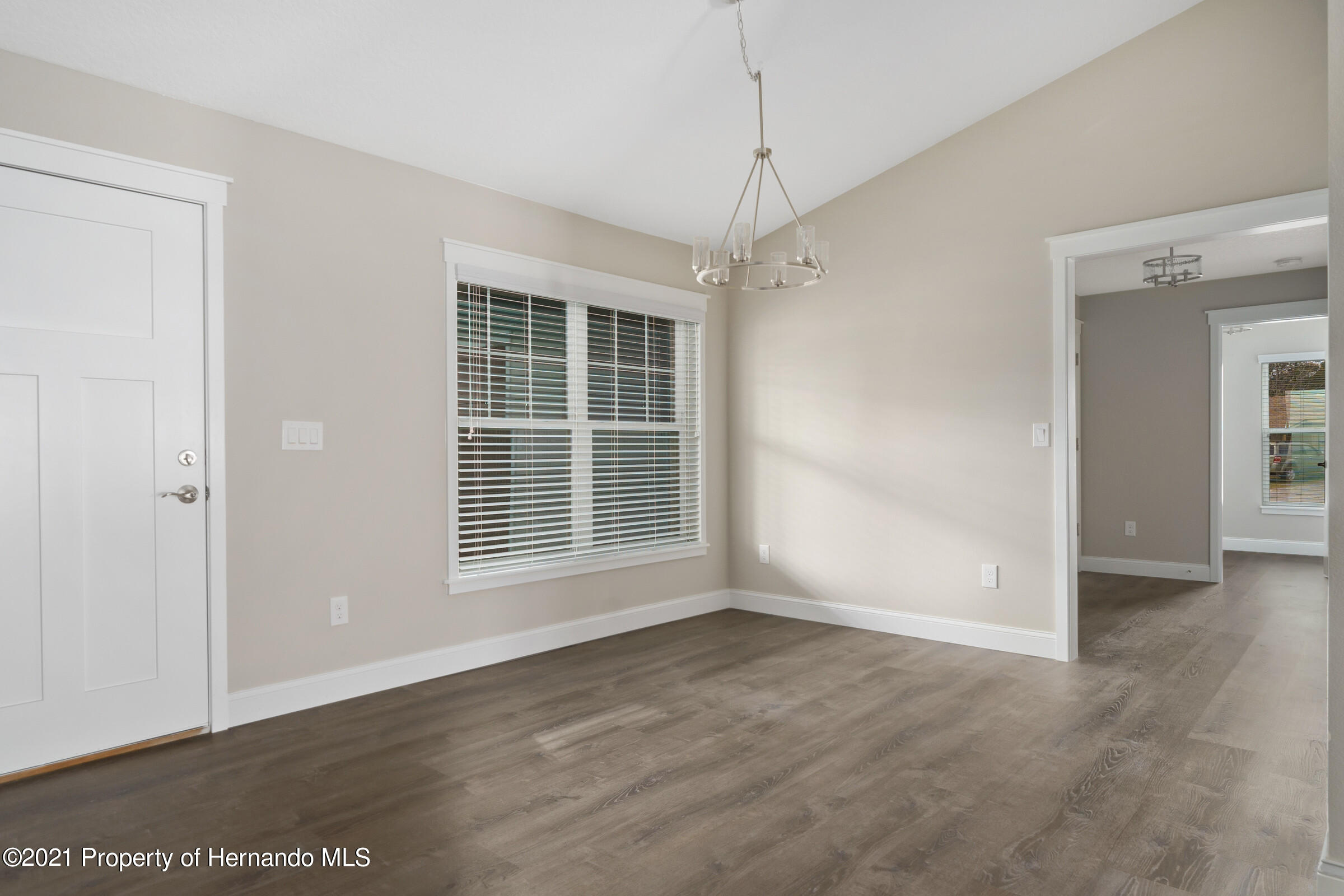 Listing photo id 9 for 0 Day Owl Avenue