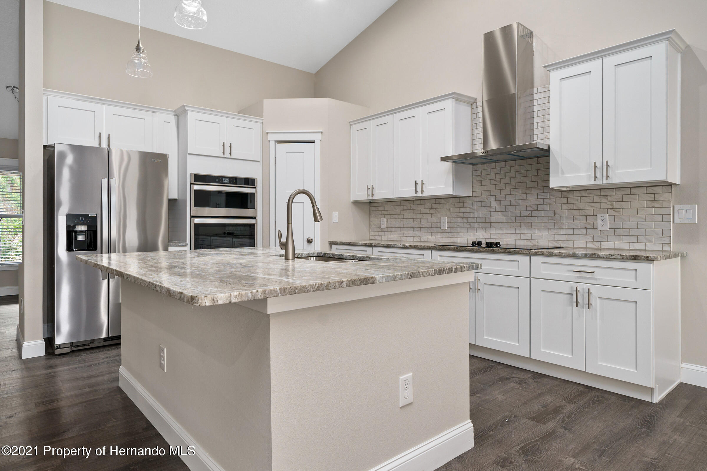 Listing photo id 15 for 0 Day Owl Avenue