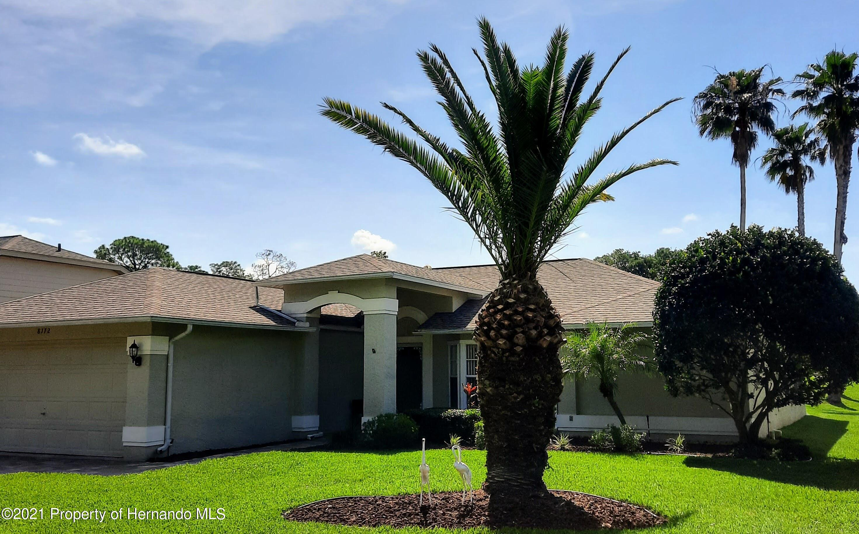 Listing photo id 16 for 8172 Laurel Green Drive