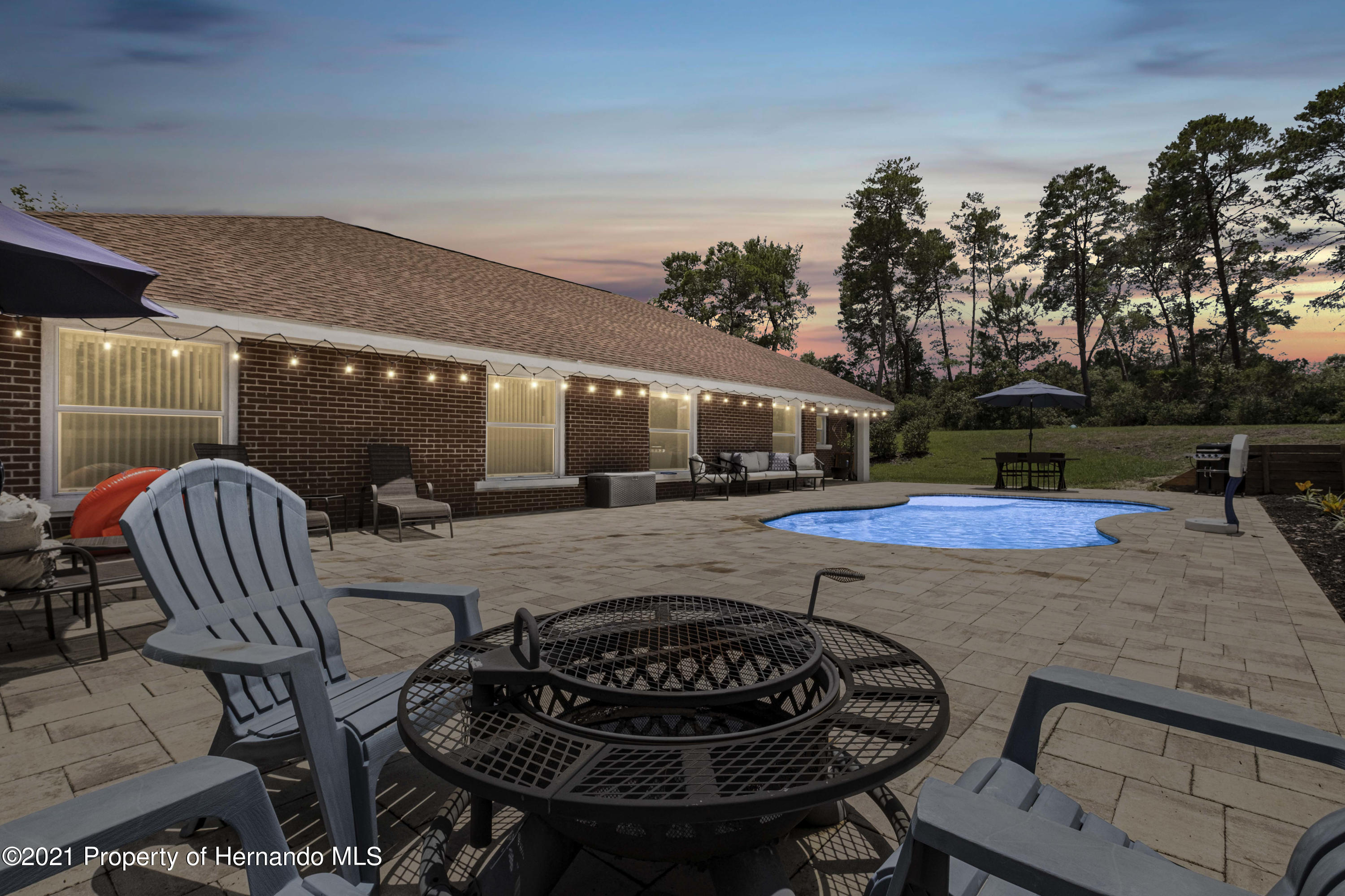 Image 16 For 6117 Waters Way