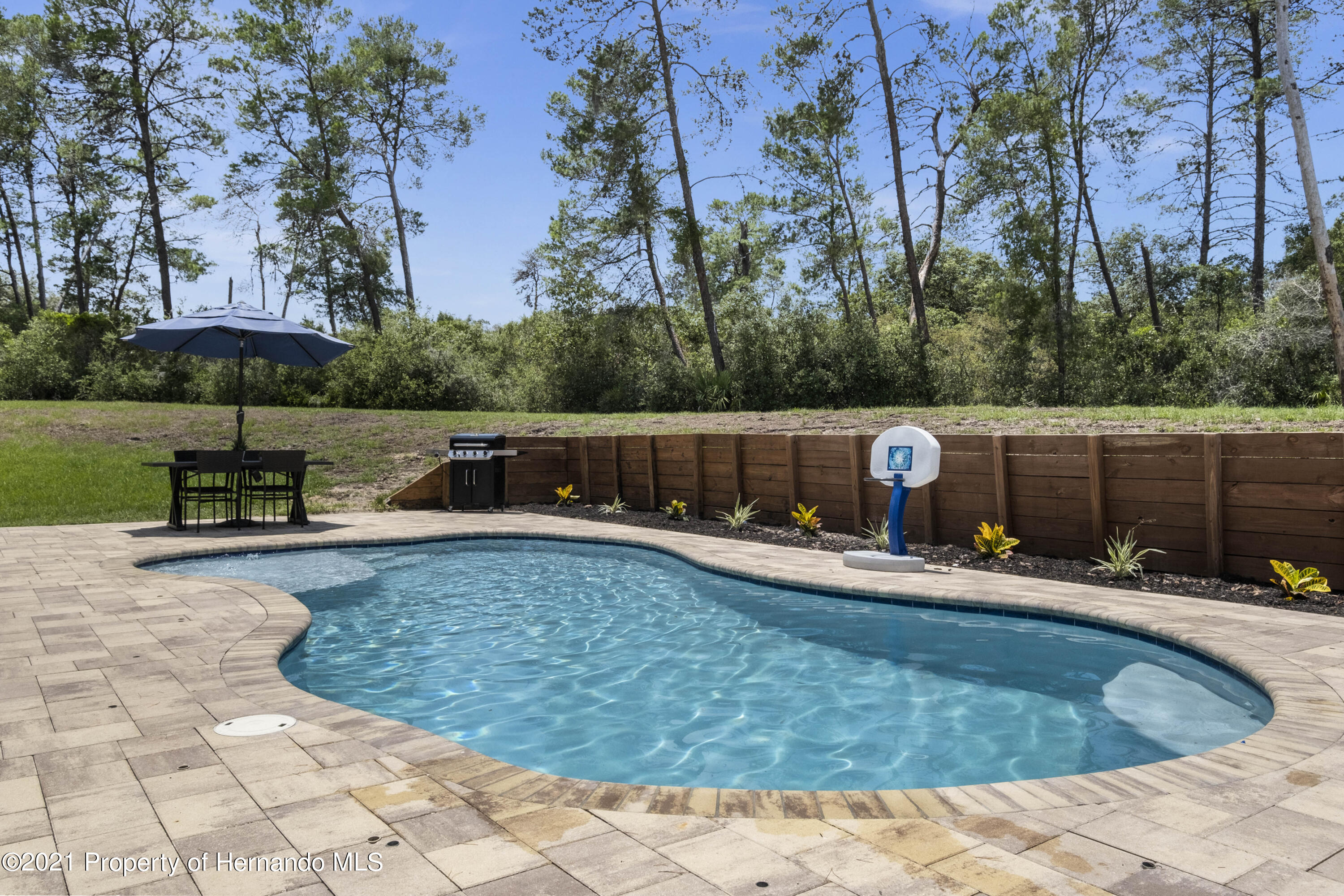 Image 2 For 6117 Waters Way