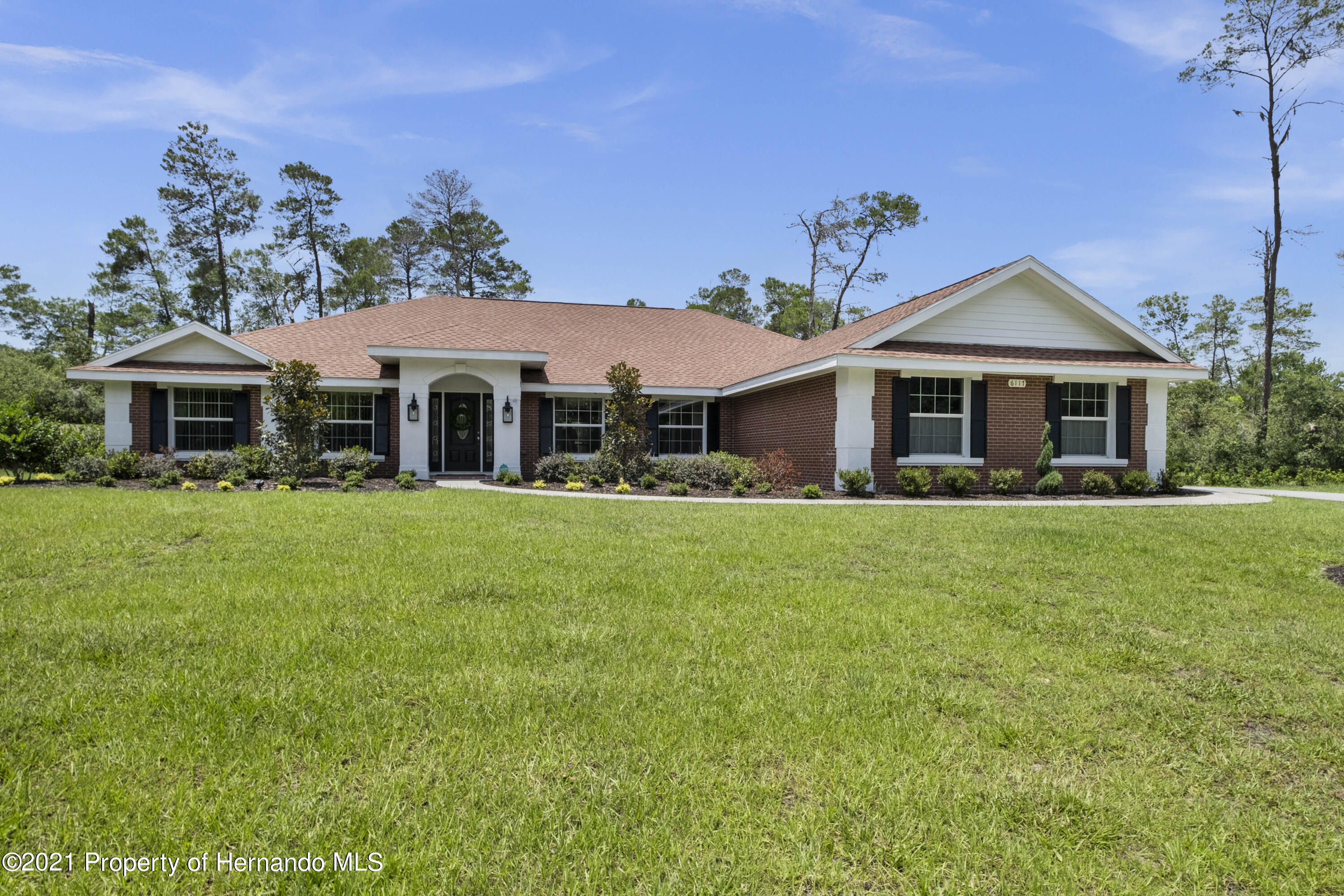 Image 65 For 6117 Waters Way