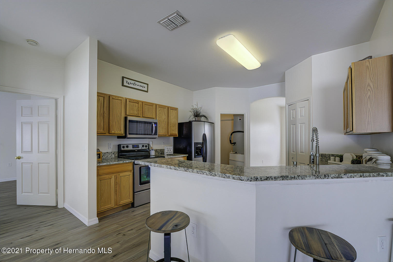 Listing photo id 17 for 7366 Galt Point