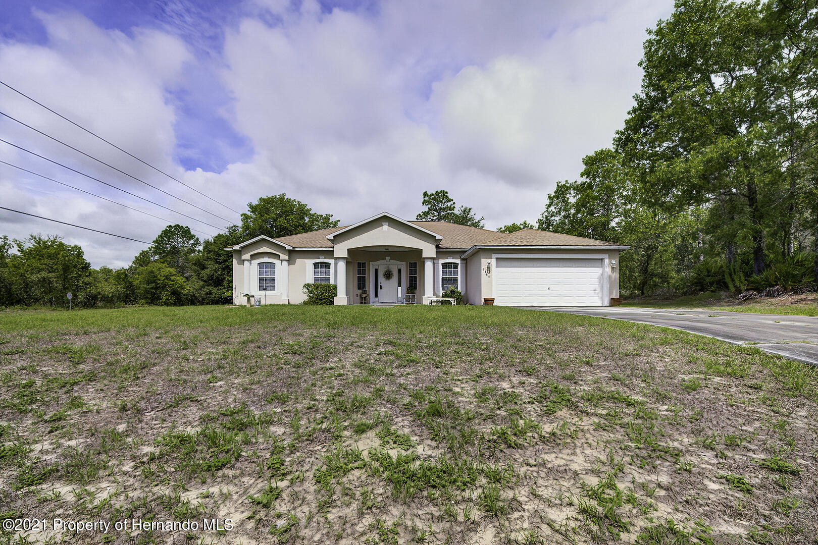 Listing photo id 4 for 7366 Galt Point
