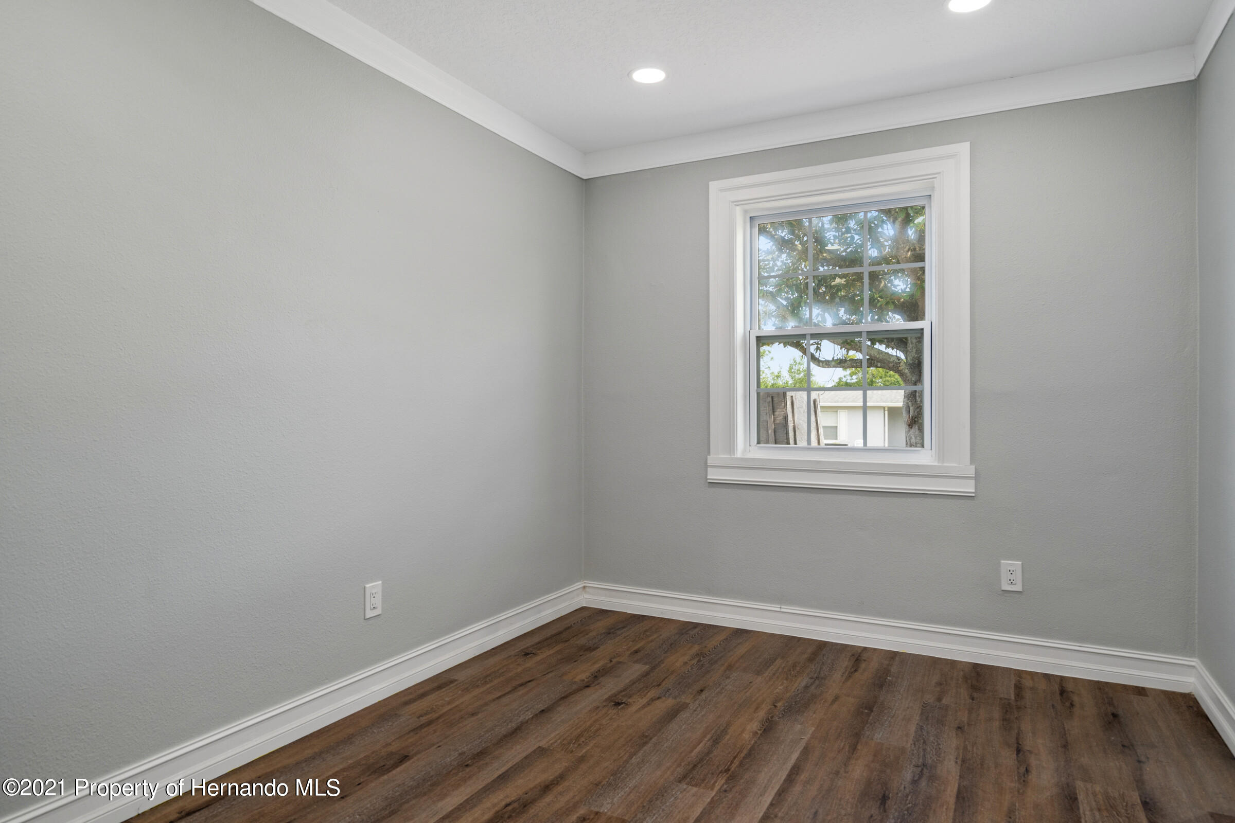 Image 10 For 7136 Brierdale Street