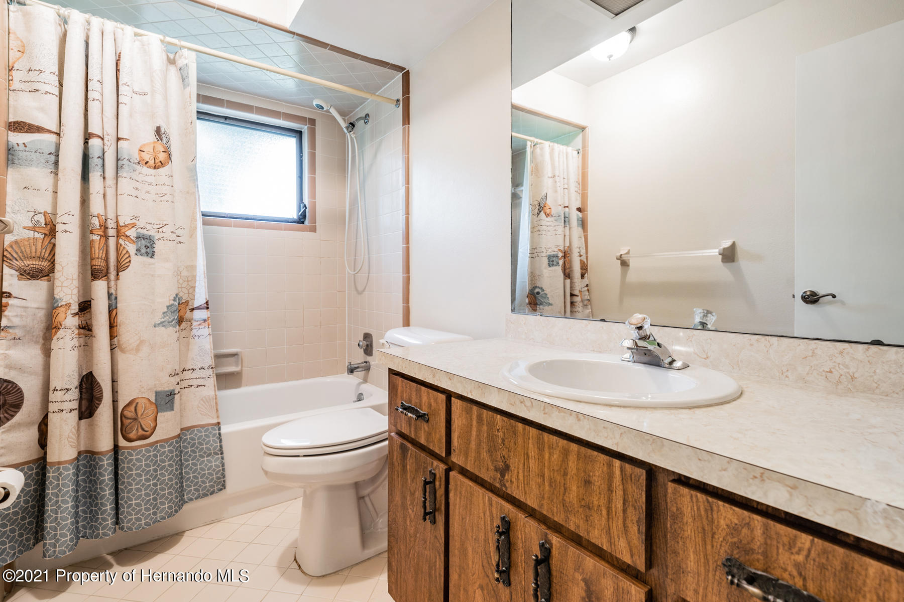 Listing photo id 28 for 52 Sycamore Circle