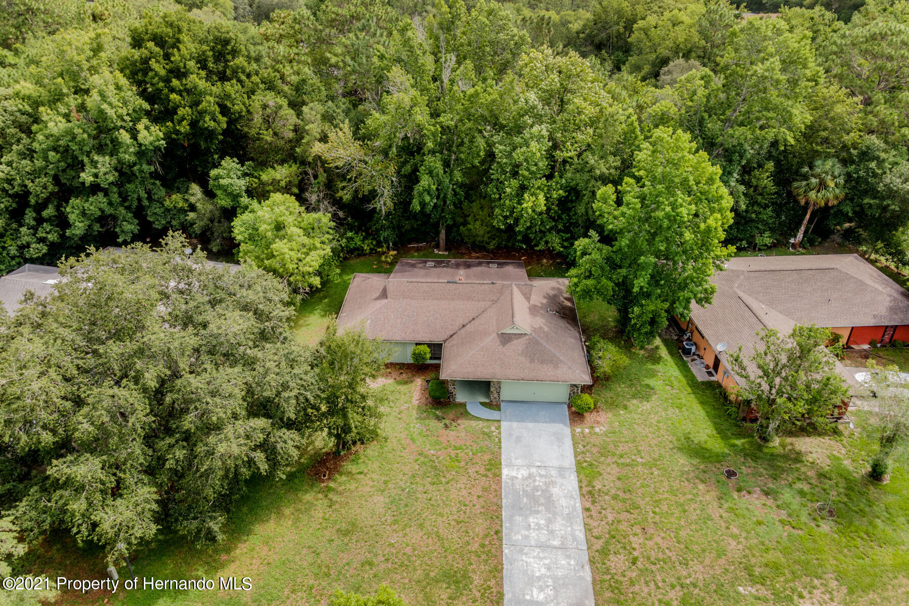 Listing photo id 36 for 52 Sycamore Circle