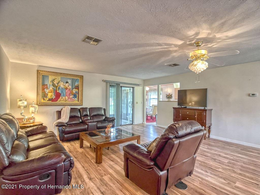 Listing photo id 4 for 8101 Sw 100th Lane Road