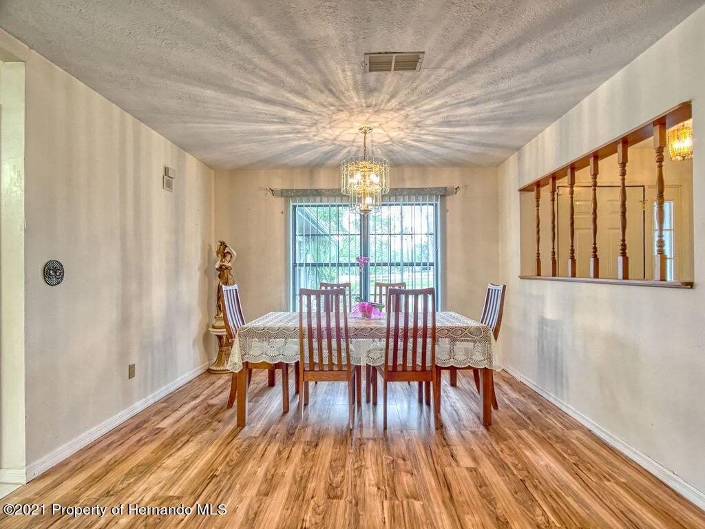 Listing photo id 7 for 8101 Sw 100th Lane Road