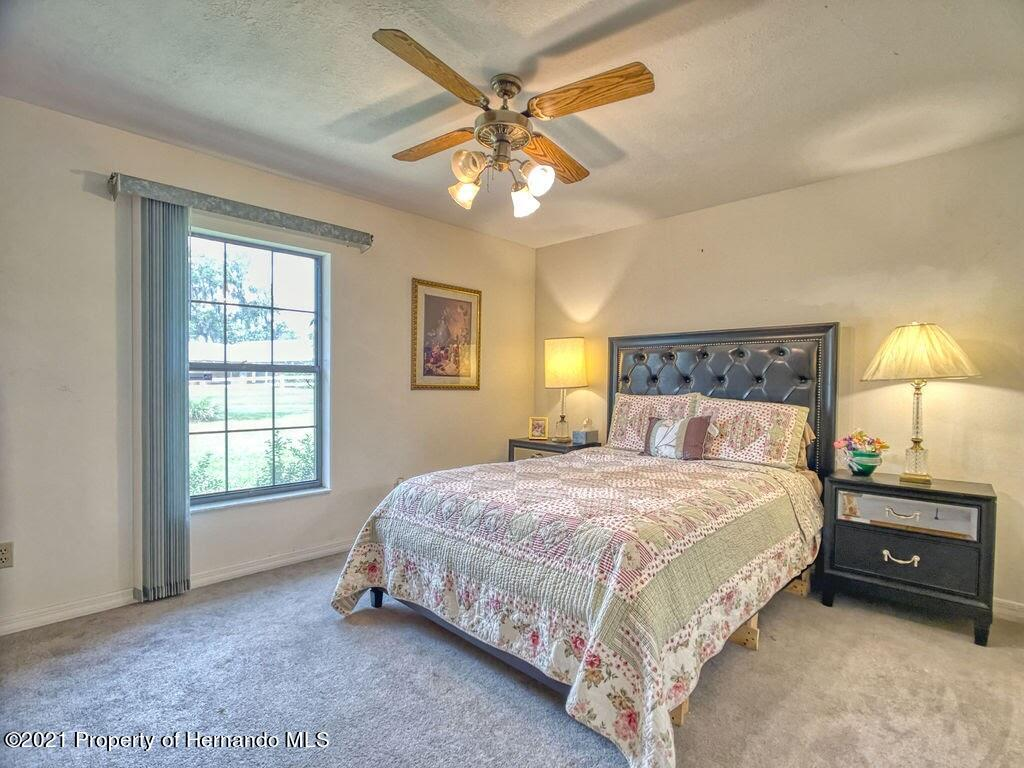 Listing photo id 16 for 8101 Sw 100th Lane Road