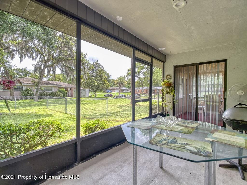 Listing photo id 20 for 8101 Sw 100th Lane Road