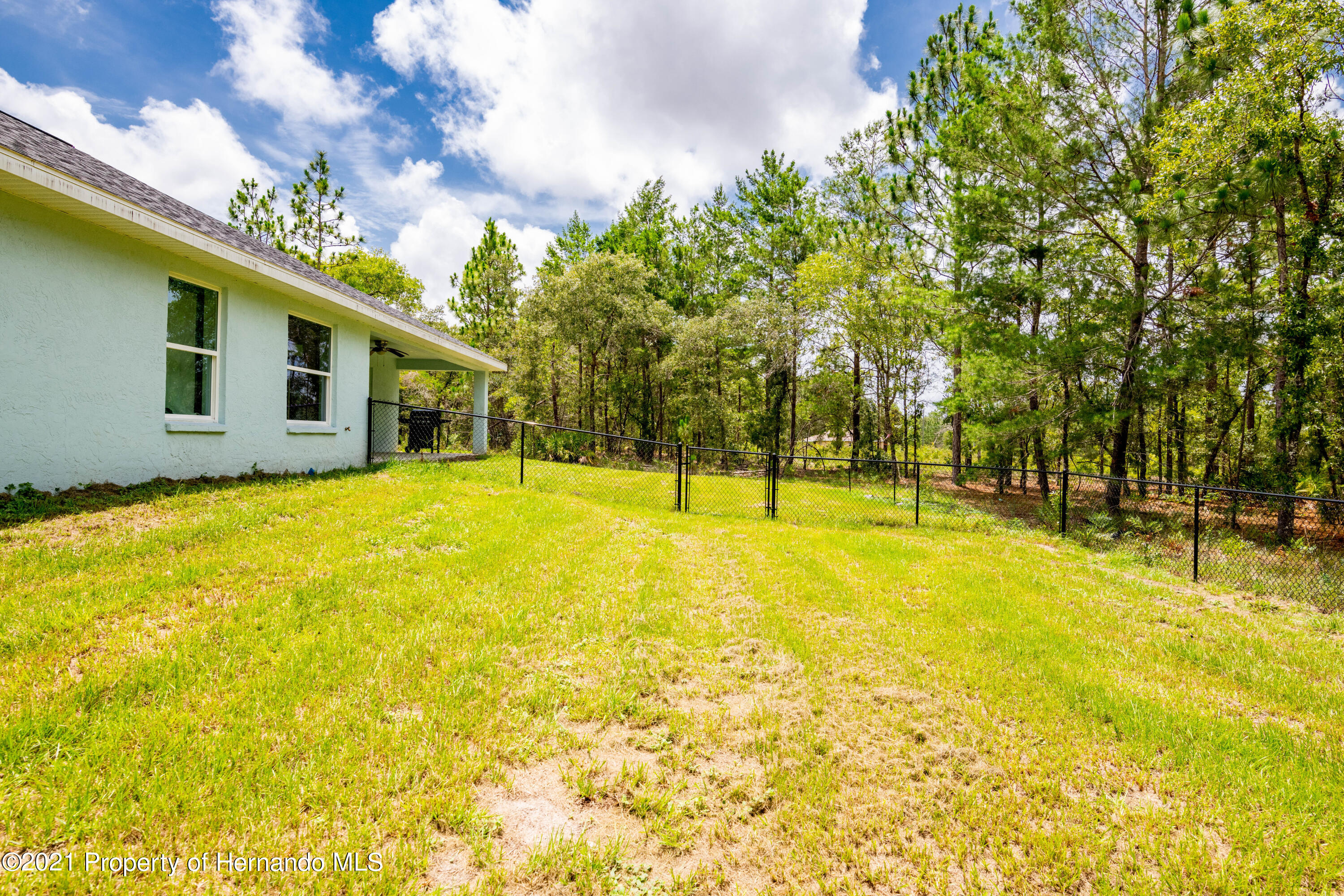 Listing photo id 29 for 2145 W Riley Drive