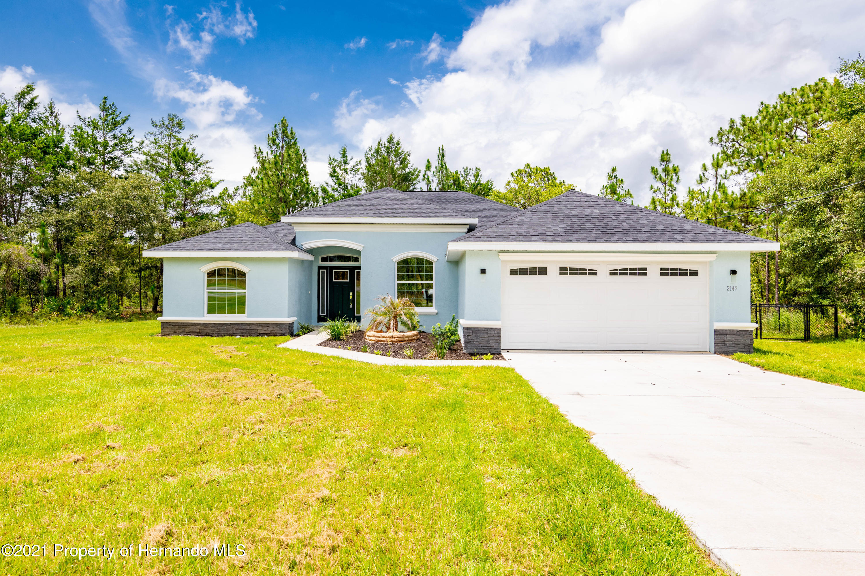 Listing photo id 27 for 2145 W Riley Drive
