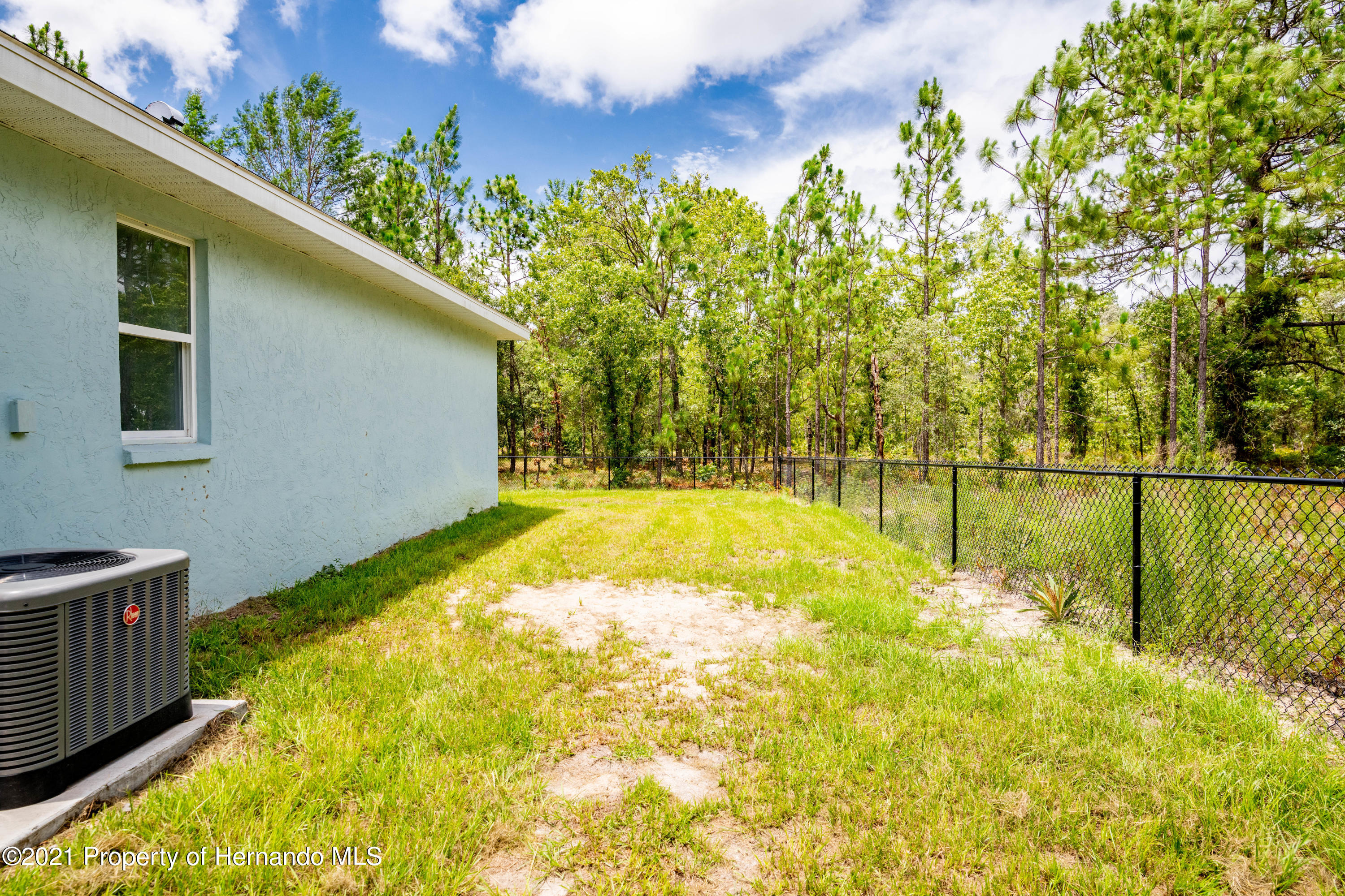 Listing photo id 28 for 2145 W Riley Drive