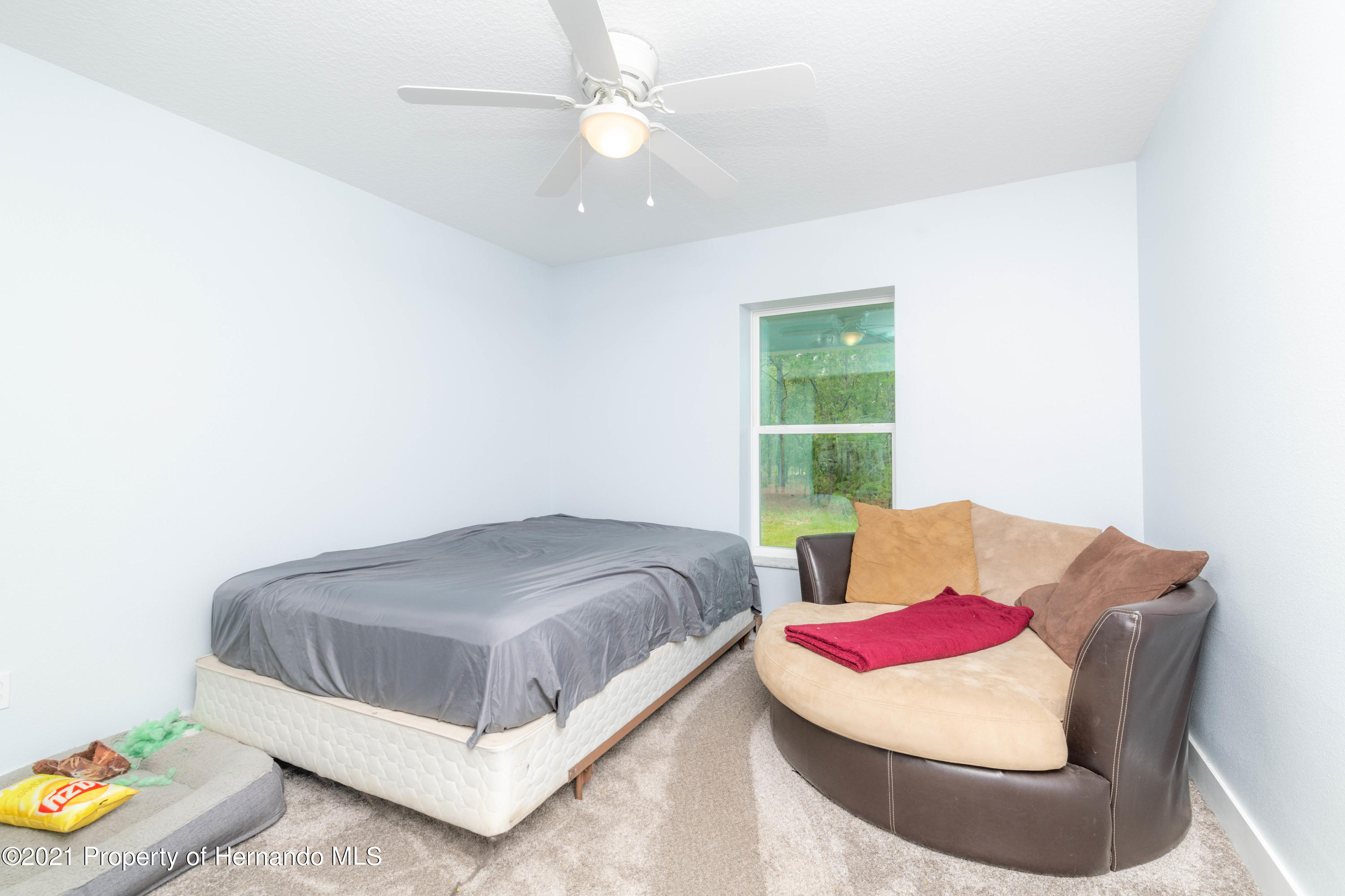 Listing photo id 24 for 2145 W Riley Drive