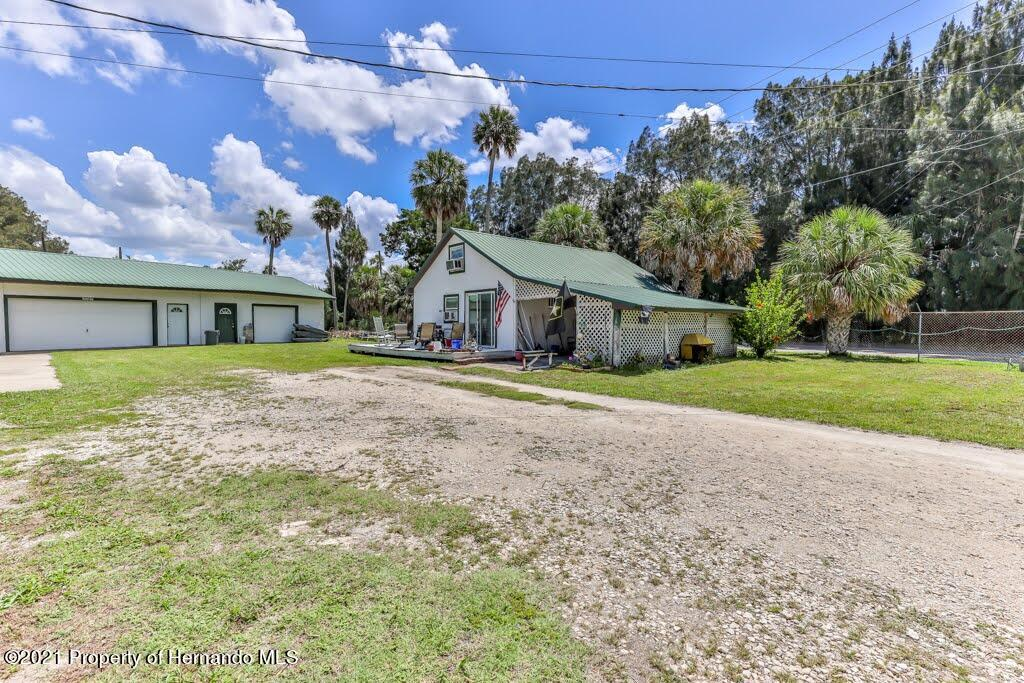 Listing photo id 6 for 3083 Sunset Vista Drive