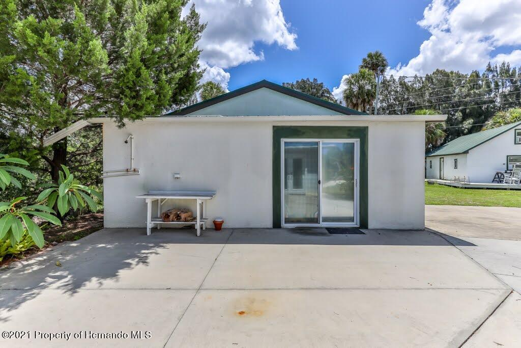Listing photo id 7 for 3083 Sunset Vista Drive