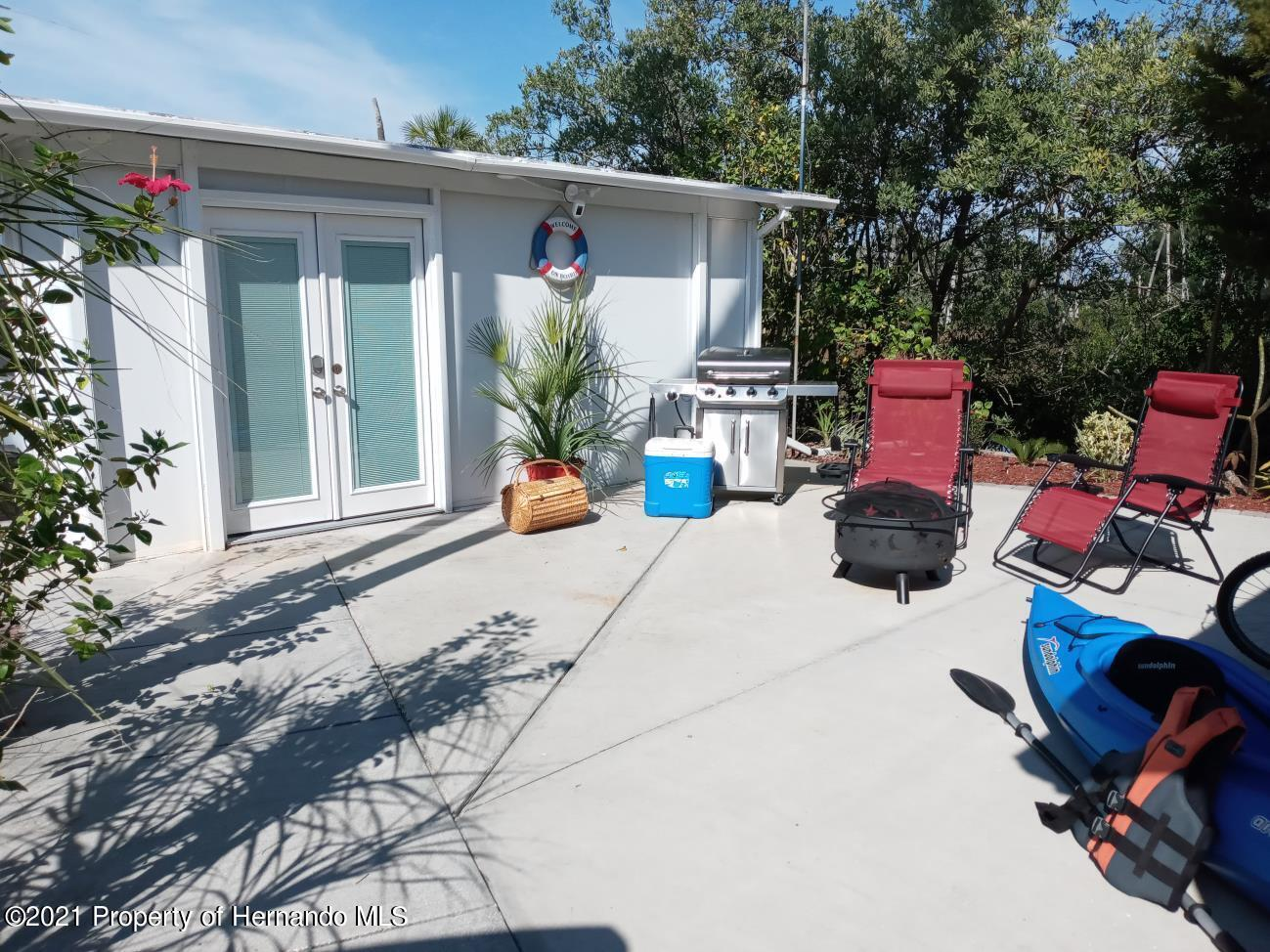 Listing photo id 10 for 3083 Sunset Vista Drive