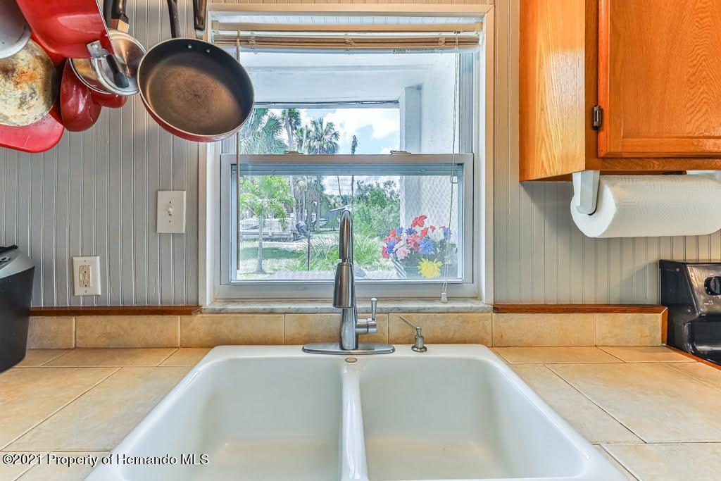 Listing photo id 20 for 3083 Sunset Vista Drive