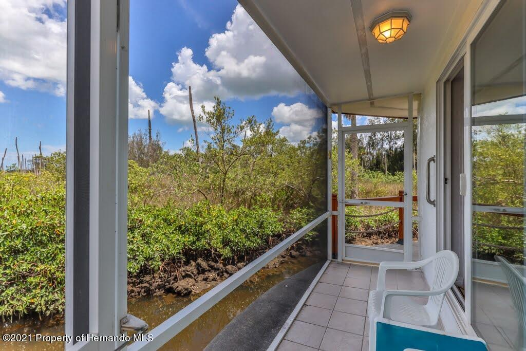 Listing photo id 34 for 3083 Sunset Vista Drive
