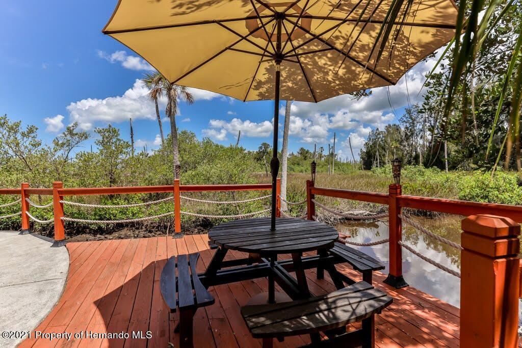 Listing photo id 38 for 3083 Sunset Vista Drive