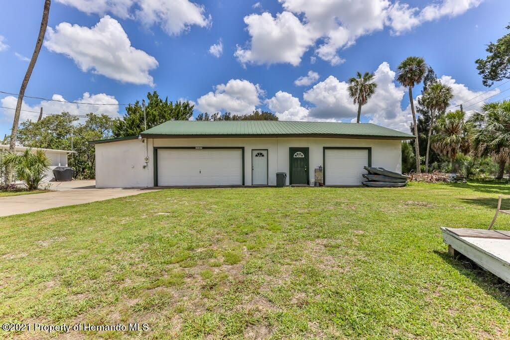 Listing photo id 47 for 3083 Sunset Vista Drive