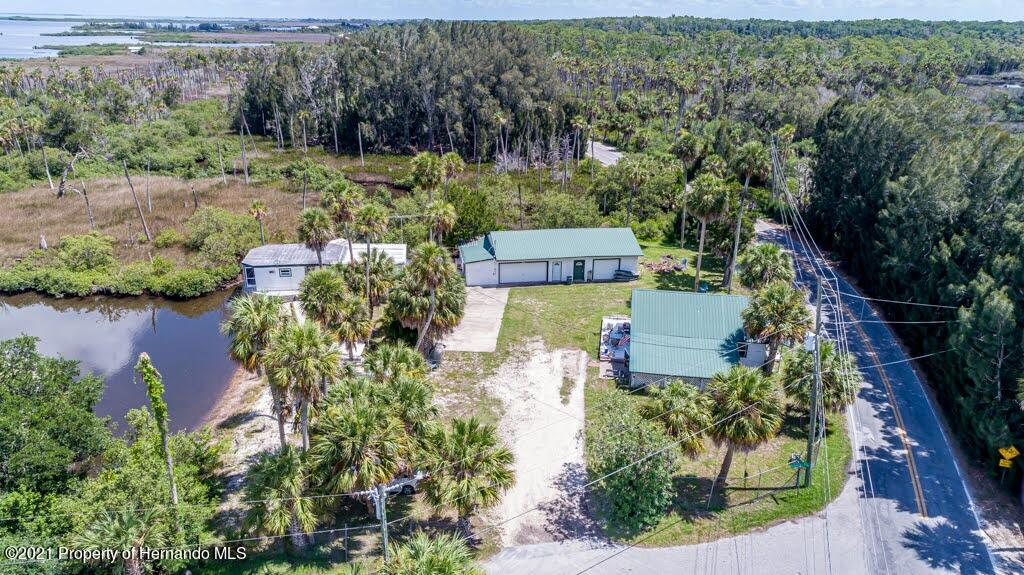 Listing photo id 52 for 3083 Sunset Vista Drive
