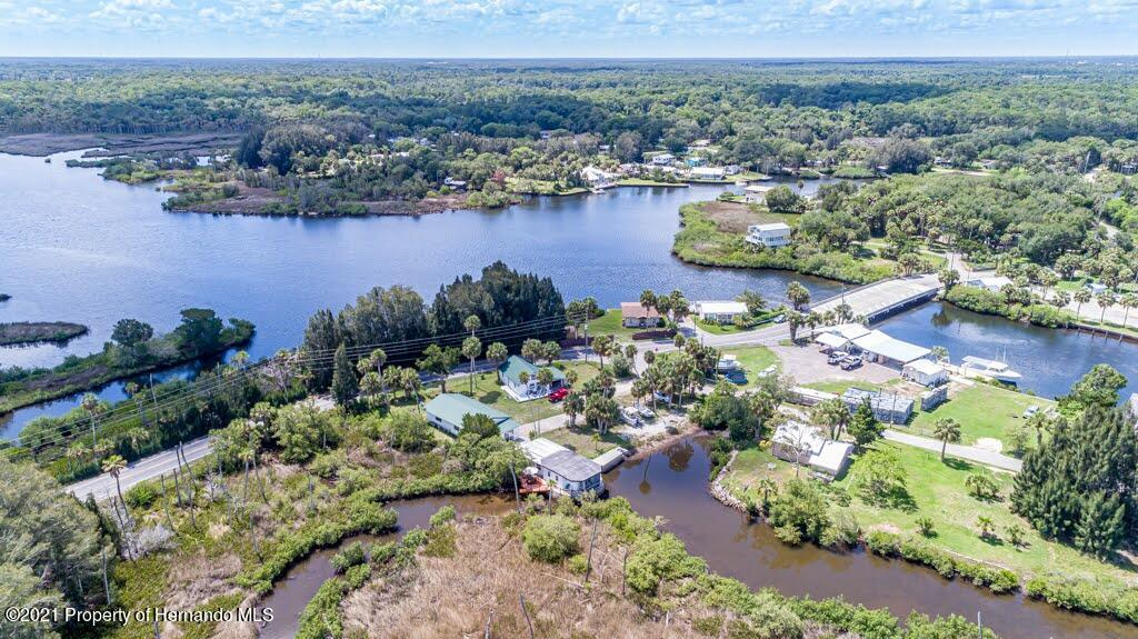 Listing photo id 58 for 3083 Sunset Vista Drive