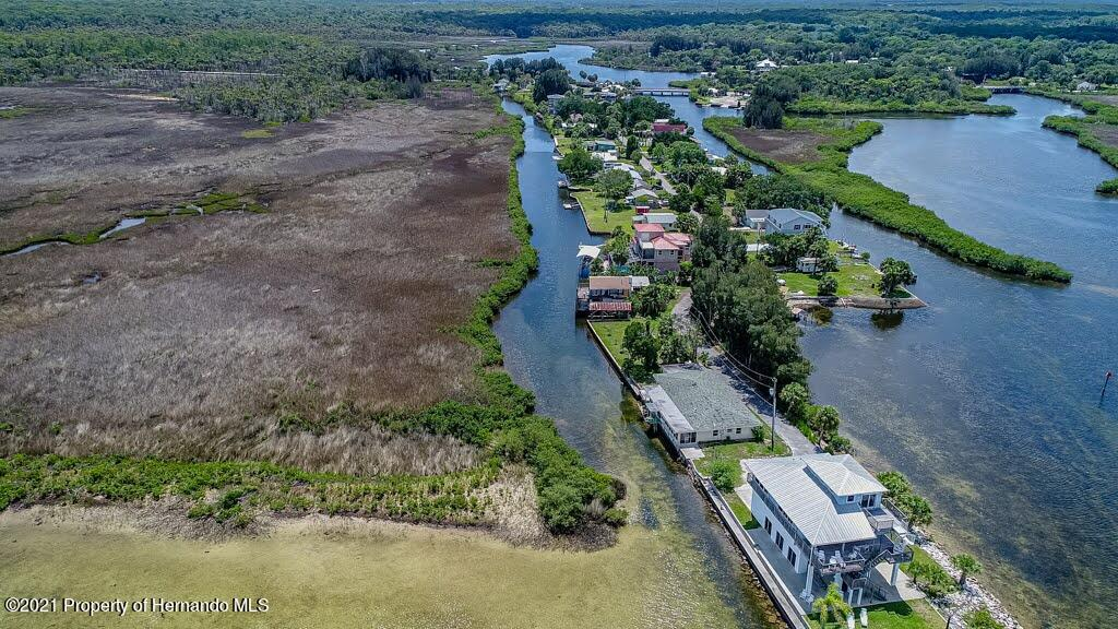 Listing photo id 69 for 3083 Sunset Vista Drive