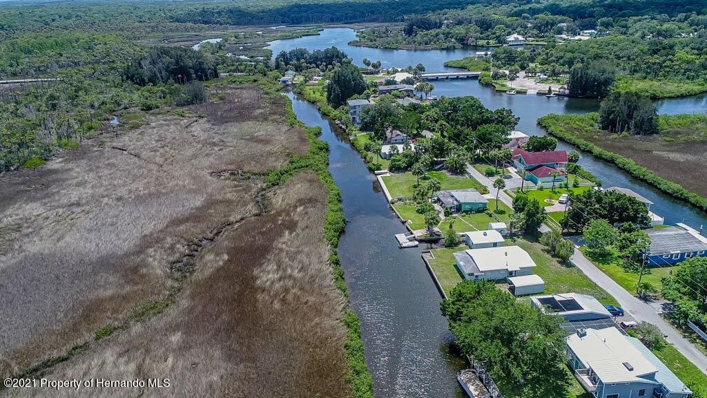 Listing photo id 71 for 3083 Sunset Vista Drive