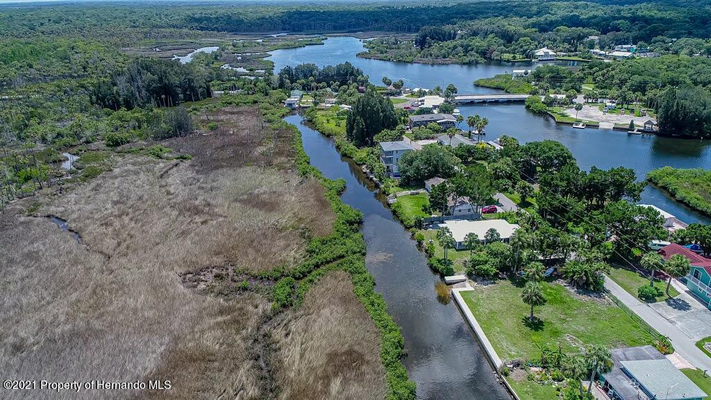 Listing photo id 72 for 3083 Sunset Vista Drive