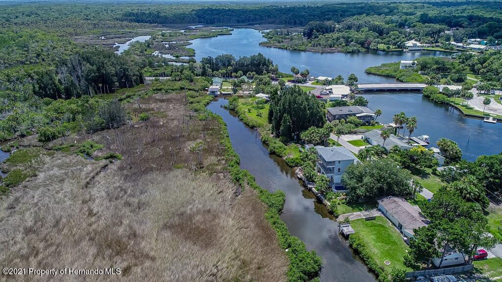 Listing photo id 73 for 3083 Sunset Vista Drive