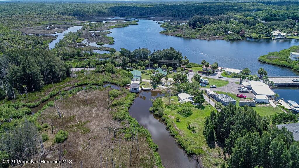 Listing photo id 74 for 3083 Sunset Vista Drive