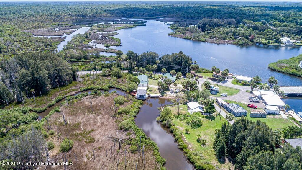 Listing photo id 75 for 3083 Sunset Vista Drive