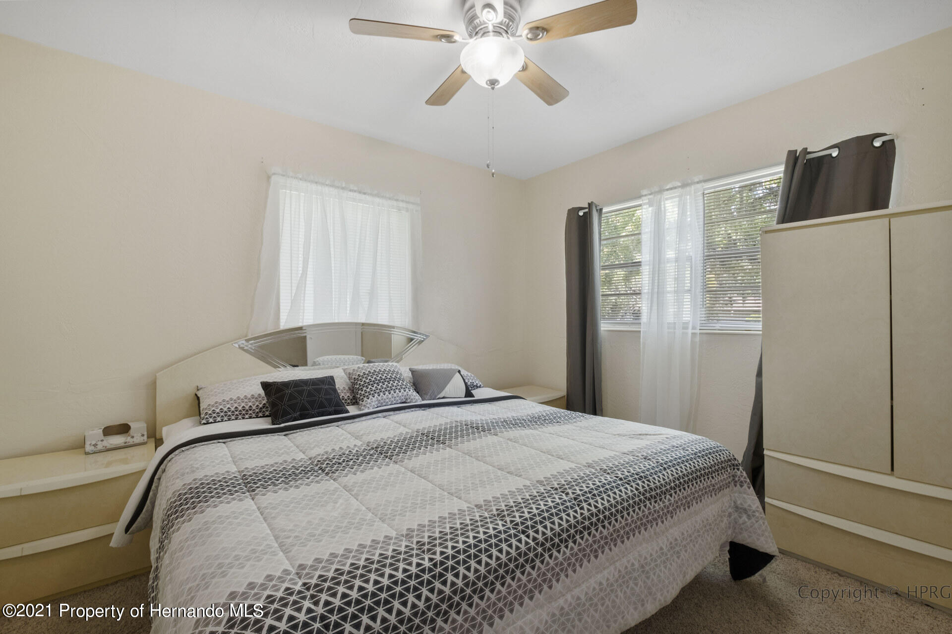 Image 6 For 21511 Campbell Drive