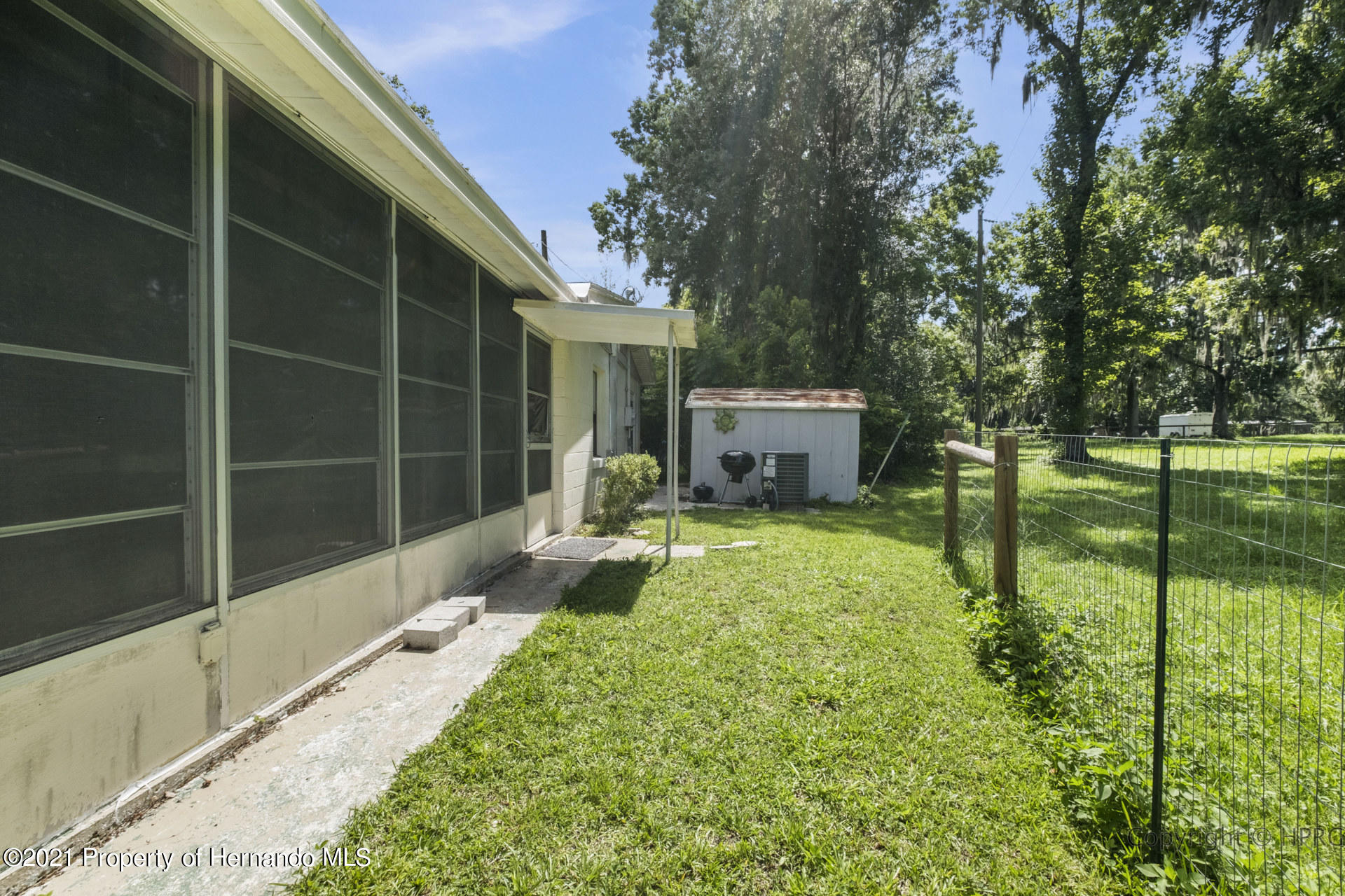 Image 25 For 21511 Campbell Drive