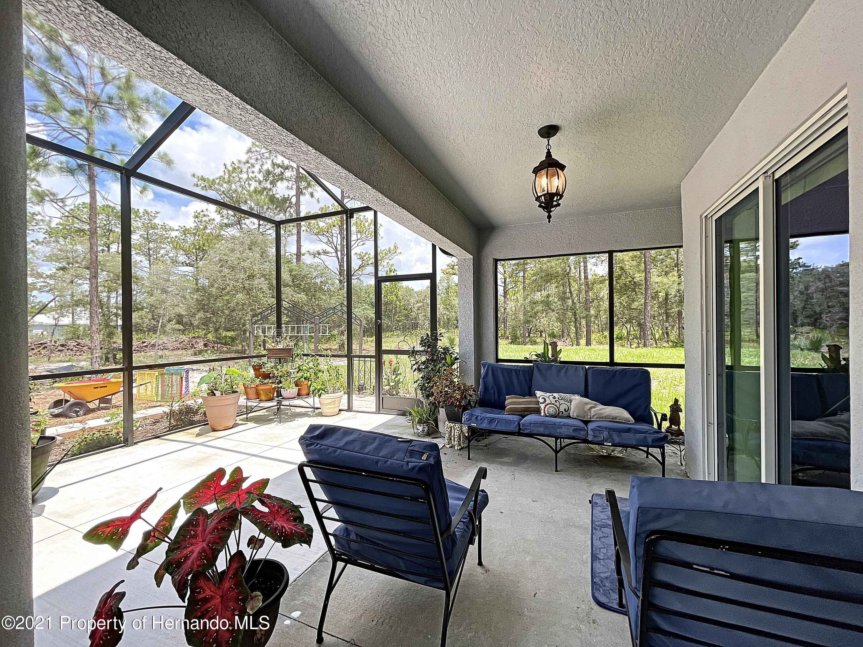 Listing photo id 51 for 18079 Parrot Road