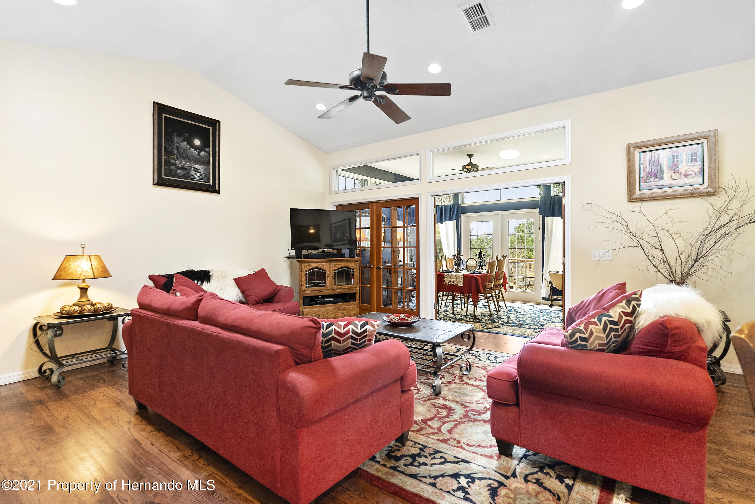 Listing photo id 11 for 2343 Gold Hill Road