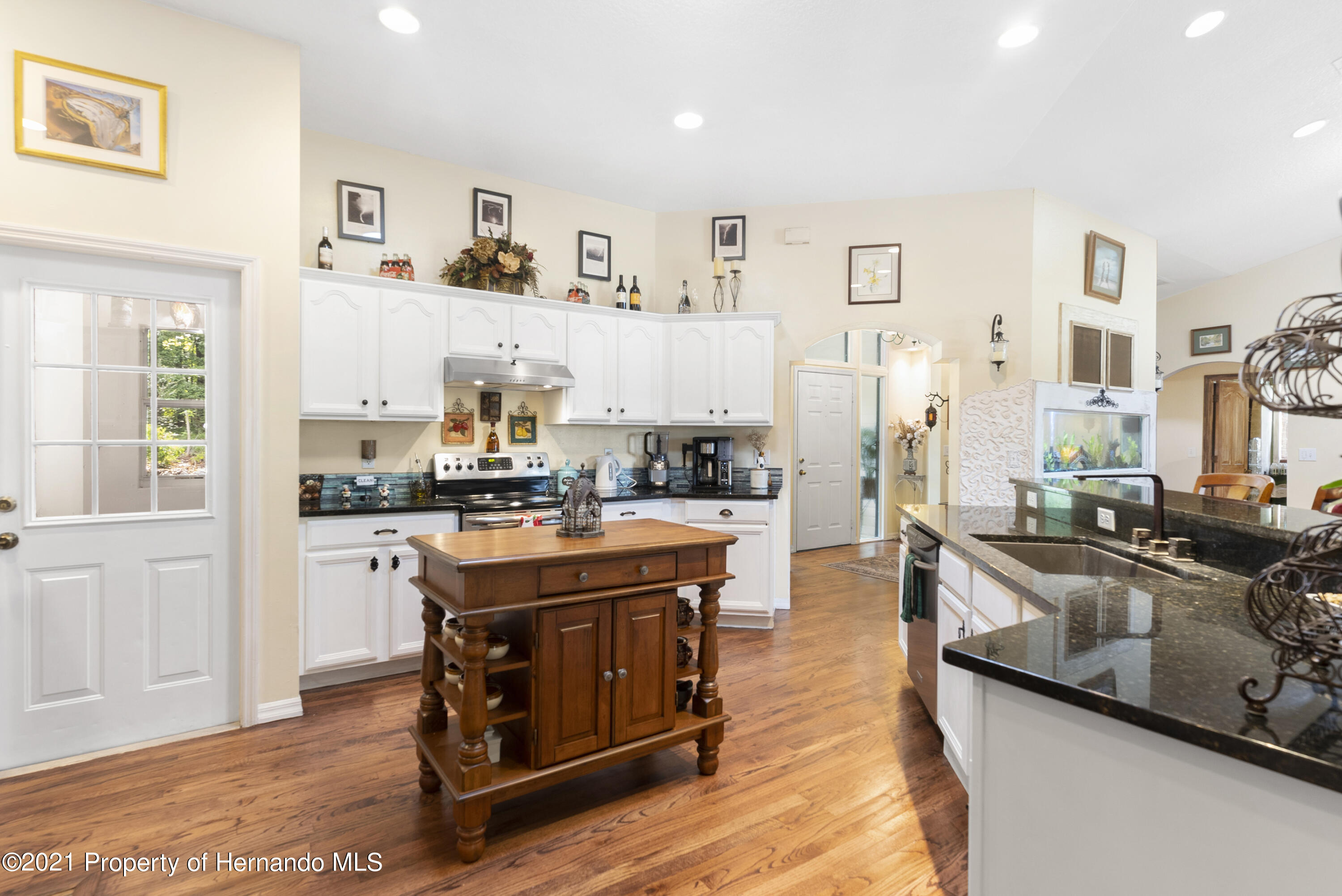Listing photo id 8 for 2343 Gold Hill Road