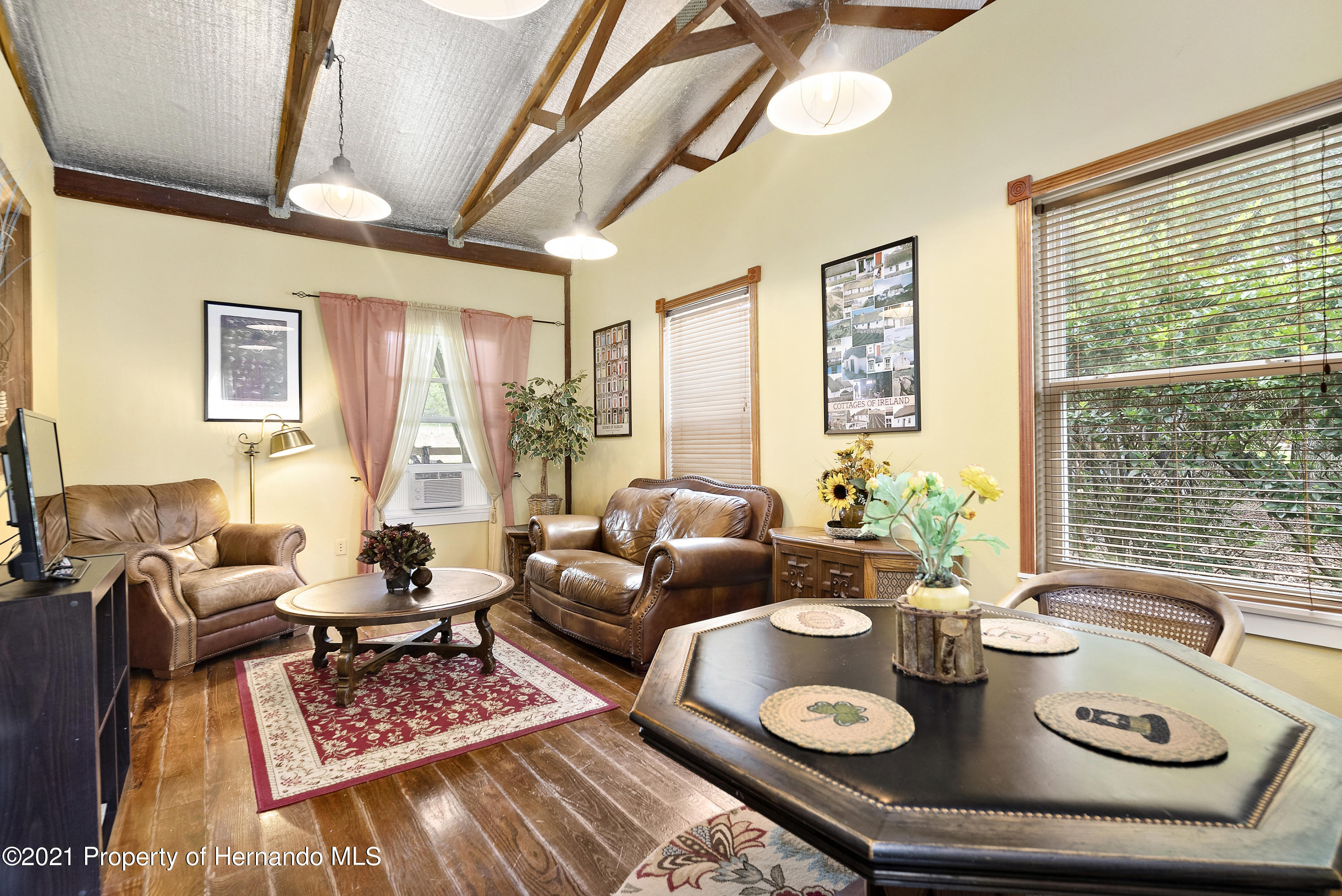 Listing photo id 39 for 2343 Gold Hill Road