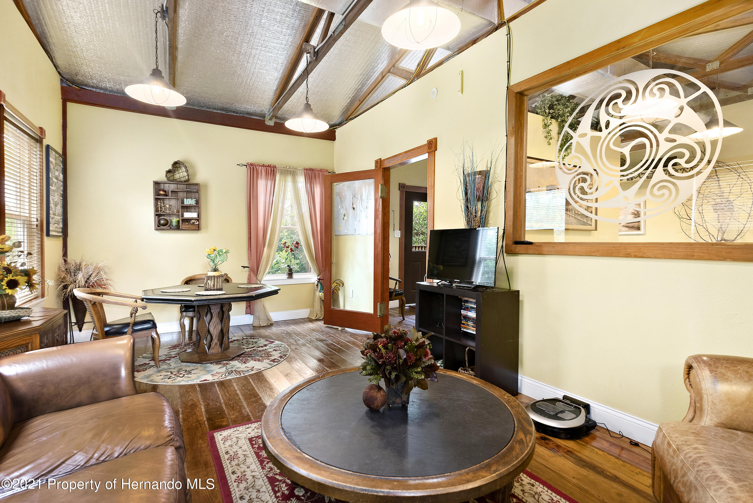 Listing photo id 40 for 2343 Gold Hill Road