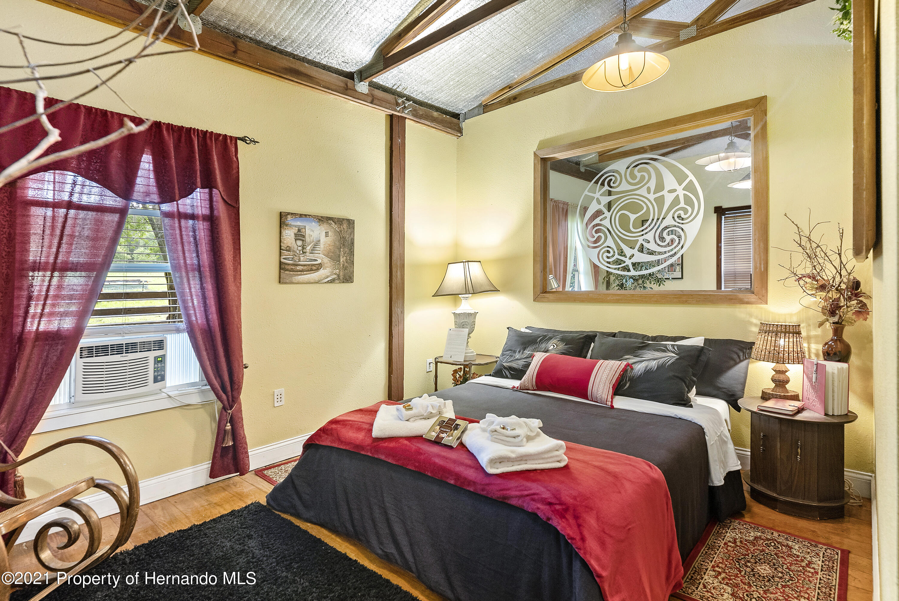Listing photo id 44 for 2343 Gold Hill Road