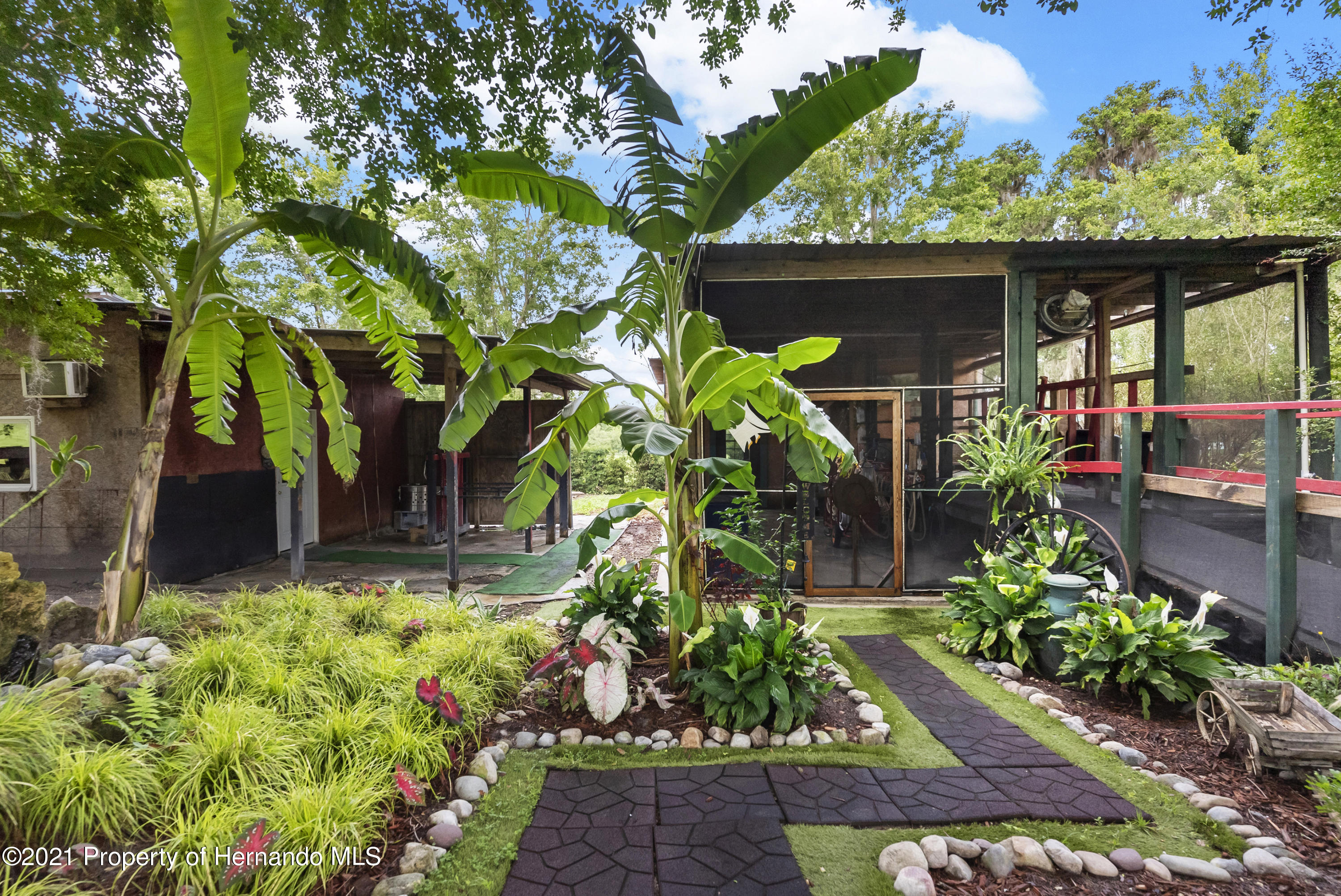 Listing photo id 48 for 2343 Gold Hill Road