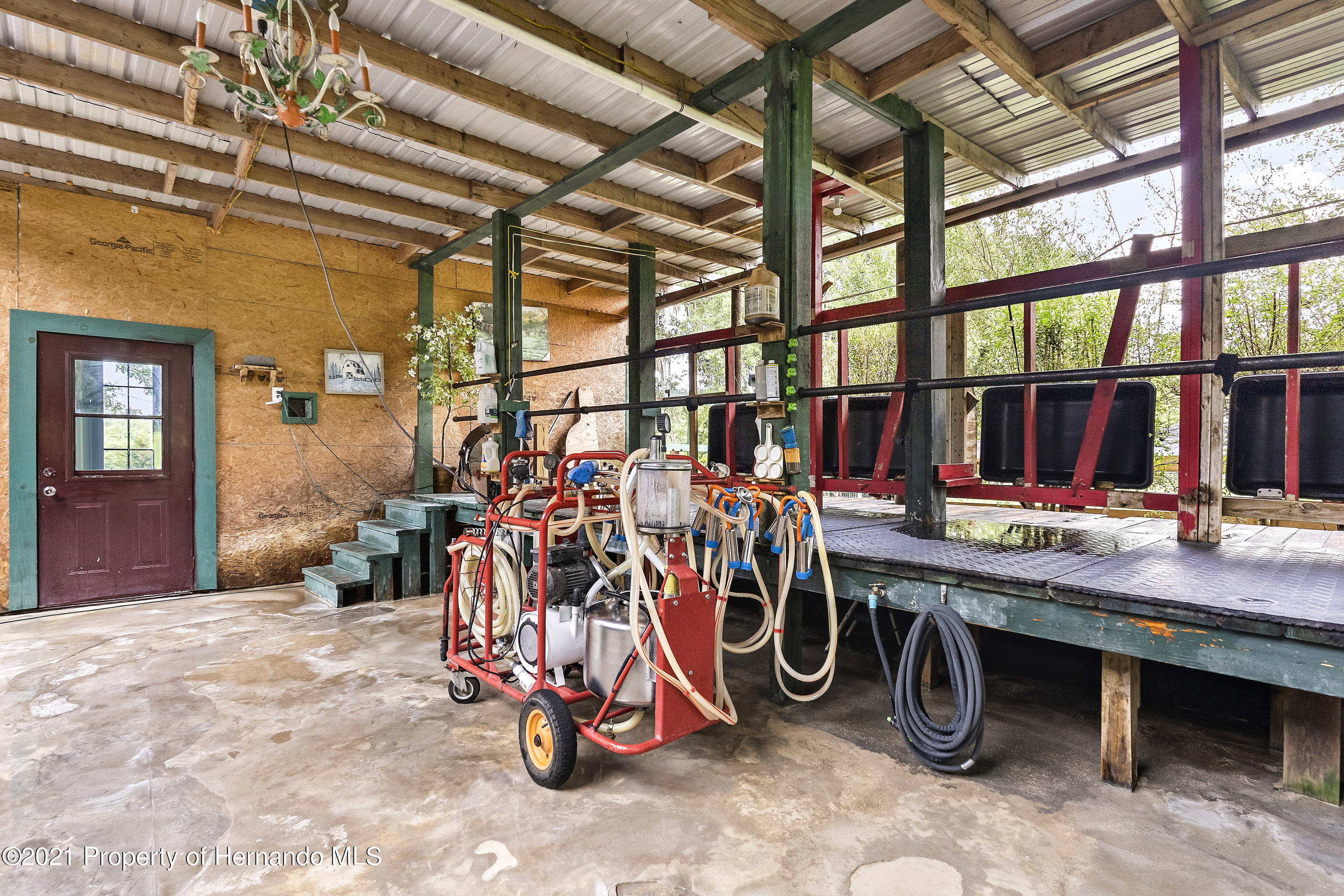 Listing photo id 49 for 2343 Gold Hill Road