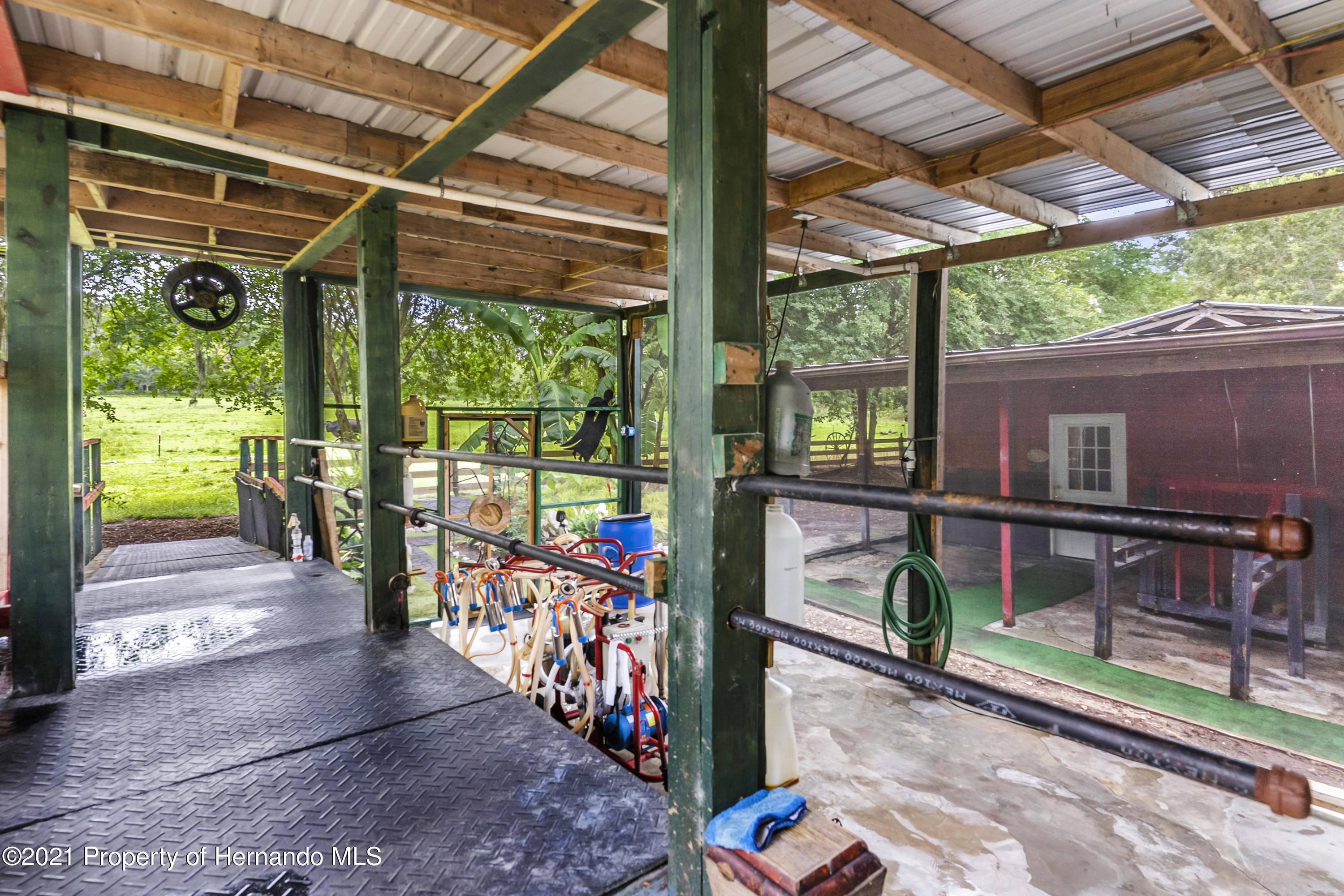 Listing photo id 50 for 2343 Gold Hill Road
