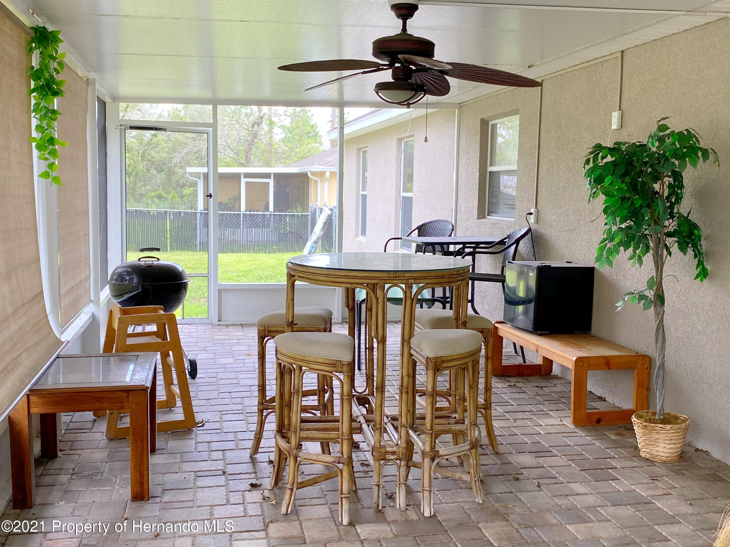 Listing photo id 15 for 11024 Grass Finch Road
