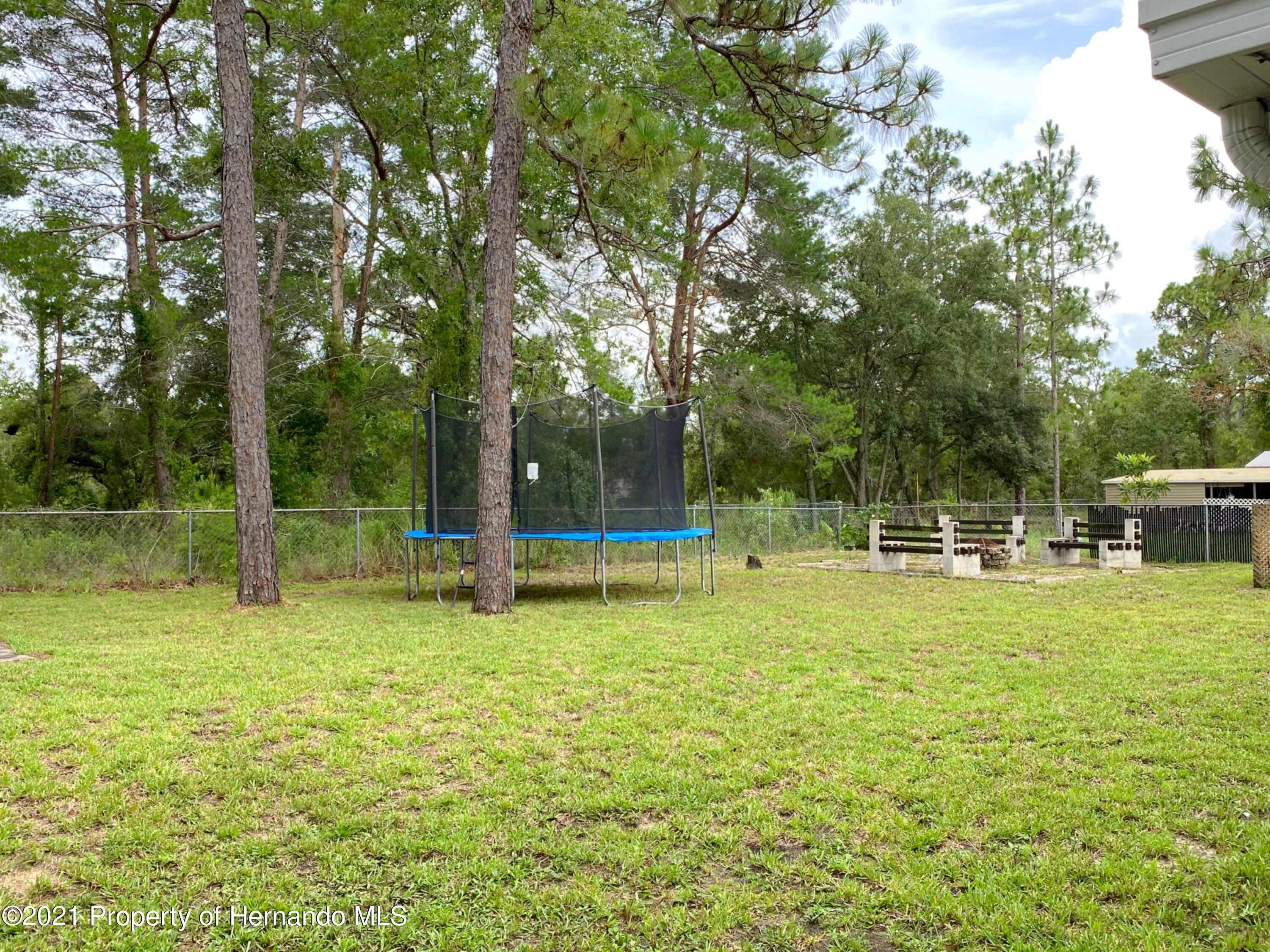 Listing photo id 16 for 11024 Grass Finch Road