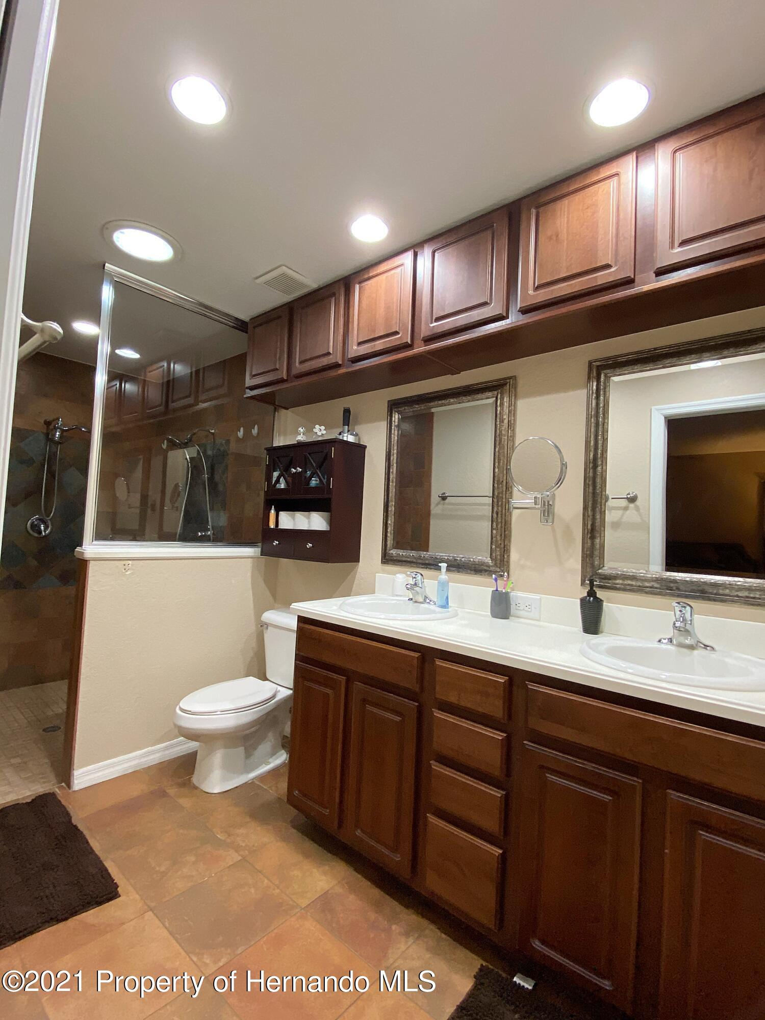 Listing photo id 14 for 11024 Grass Finch Road