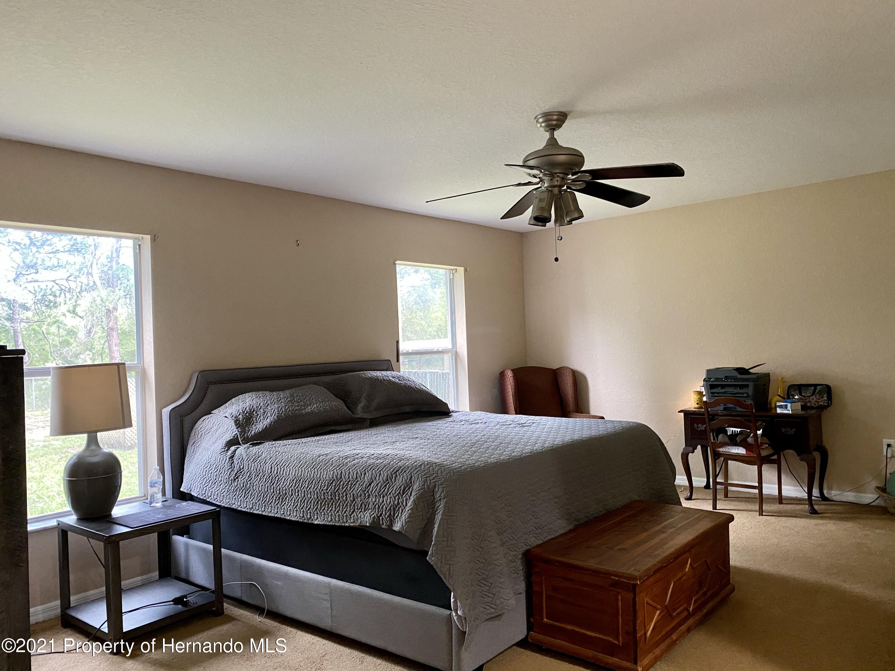 Listing photo id 13 for 11024 Grass Finch Road